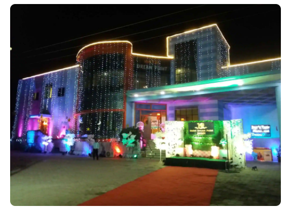 Hotel Dream Point, HOTEL DREAM POINT, NEW COLLECTORATE SQUARE